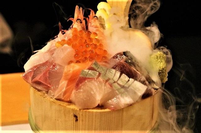 Sanchoku Ichiba's specialty! Sashimi assortment!