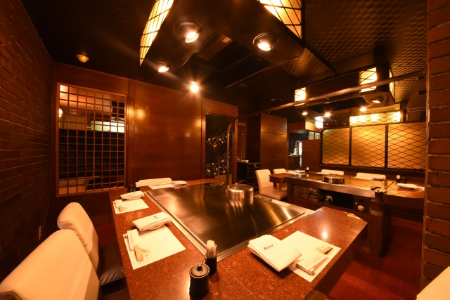 The longest established restaurant of the Teppanyaki-style steak with a history of 73 years